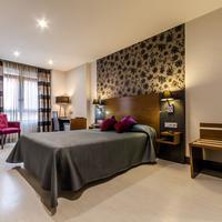 Hotel Regio Cadiz Featured Image