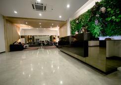 The Hotel at Green Sun - Manila - Lobi