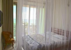 Acacia Beach Hotel - Entebbe - Kamar Tidur