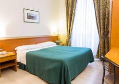Capitol - Roma - Kamar Tidur