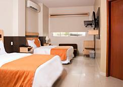 Hotel Corona Real - Guayaquil - Kamar Tidur