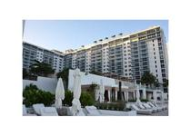 Roney Palace Apartments by Royal Stays