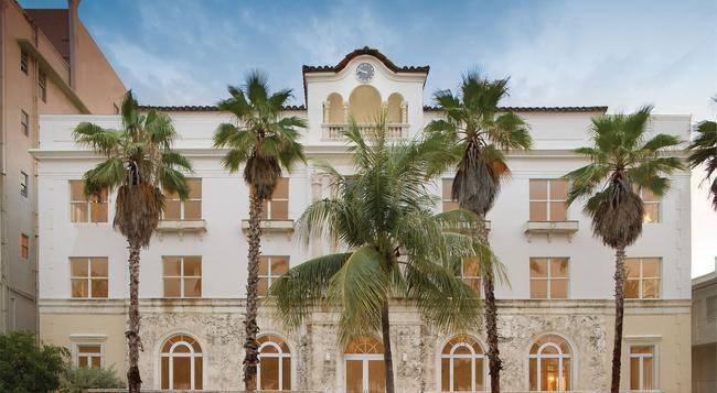 Marriott Vacation Club Pulse, South Beach - Miami Beach - Building