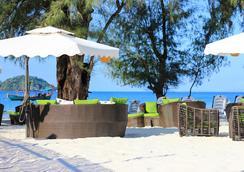 White Boutique Hotel - Krong Preah Sihanouk - Pantai