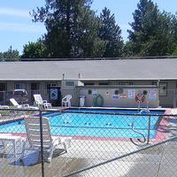 Cascade Lodge Pool