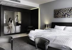S Ratchada Leisure Hotel - Bangkok - Kamar Tidur