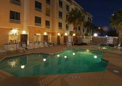 Fairfield Inn and Suites by Marriott Las Vegas South - Las Vegas - Kolam