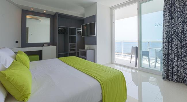 Sirenis Tres Carabelas & Goleta Spa - Ibiza - Bedroom