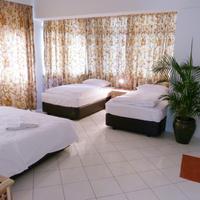 Orange Pekoe Guesthouse Guestroom