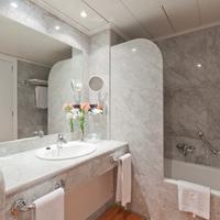 Hotel Santemar Bathroom