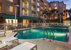Courtyard by Marriott Orlando Downtown - Orlando - Kolam