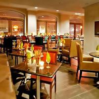 Fairfield Inn and Suites by Marriott Atlanta Downtown Bar/Lounge