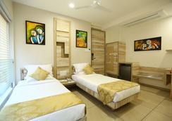 Treebo Daksh Residency - Indore - Kamar Tidur