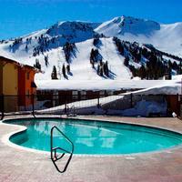 Mammoth Mountain Inn Pool