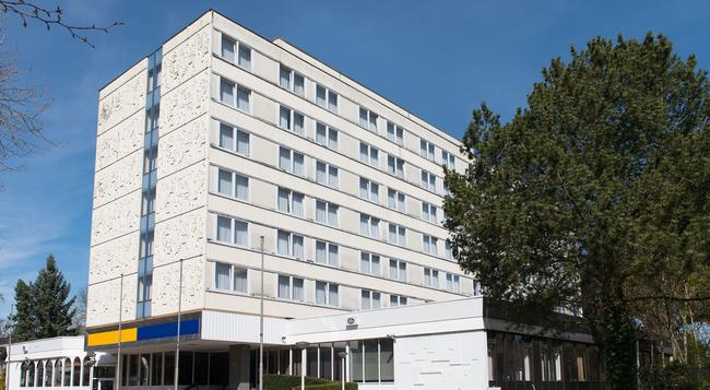 Best Western Hotel Bremen East - Bremen - Building
