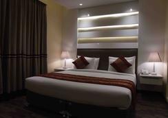 Hotel Picasso Prive - New Delhi - Kamar Tidur