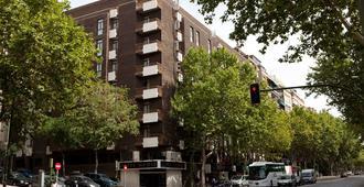 Agumar Hotel - Madrid - Bangunan