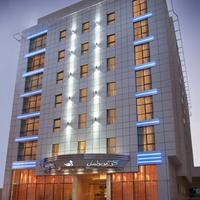 Cosmopolitan Hotel Hotel Front - Evening/Night