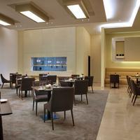 Cosmopolitan Hotel Restaurant