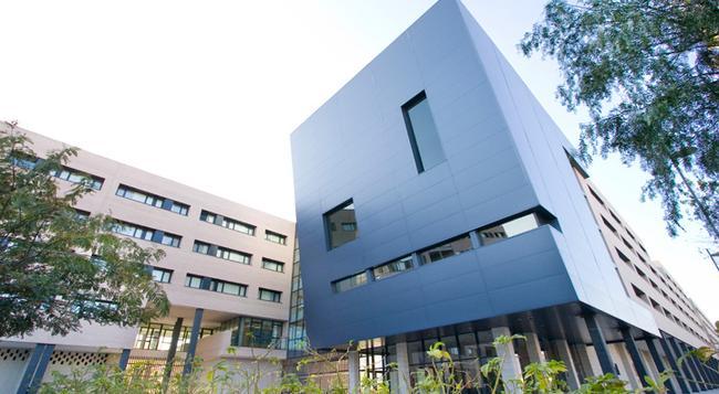 Villa Alojamiento y congresos - Alicante - Building
