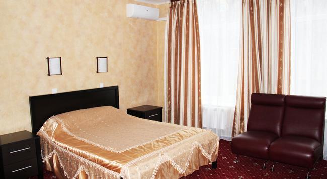 Hotel Pervomayskaya - Moscow - Bedroom