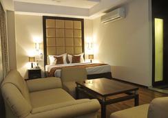 The Grand Eden Hotel - Ahmedabad - Kamar Tidur