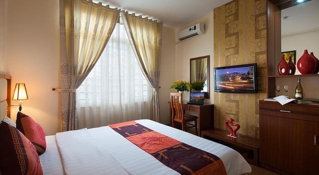 Brandi Hanoi Hotel - Hanoi - Bedroom