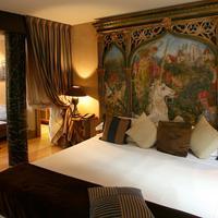 Cour Des Loges Guest room