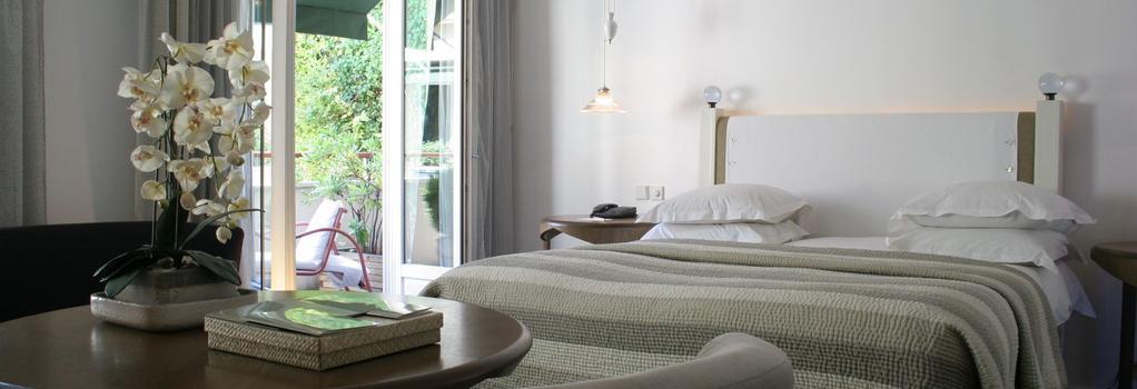 Hotel Pershing Hall - Paris - Bedroom