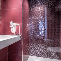 Hotel De Senlis Bathroom
