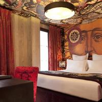 Le Bellechasse Saint Germain Guestroom