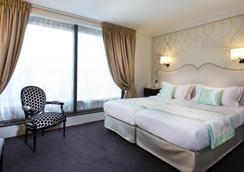 Hotel Saint Petersbourg Opera - Paris - Kamar Tidur