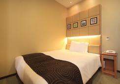 Hotel Sunroute Higashi Shinjuku - Tokyo - Kamar Tidur