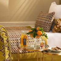 Le Saint Guestroom