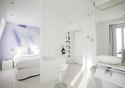 BLC Design Hotel - Paris - Kamar Tidur