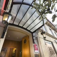 Hotel Royal Saint Michel Hotel Entrance