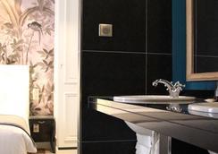 Hotel Taylor - Paris - Kamar Mandi