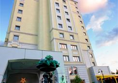 The Green Park Hotel Bostanci - Istanbul - Pemandangan luar