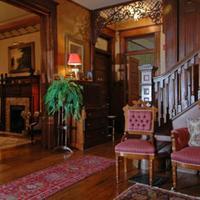 1899 Wright Inn & Carriage House