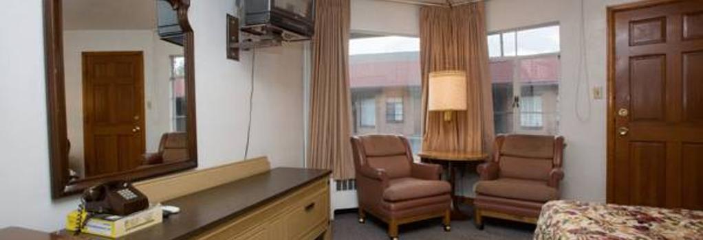 Stagecoach Motel Colorado Springs - Colorado Springs - Bedroom