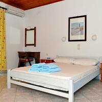 Blue bay skiathos Guestroom