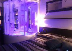 Hotel Memory - Rimini - Kamar Tidur