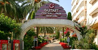 Hotel Guitart Central Park Aqua Resort 3 - Lloret de Mar - Bangunan
