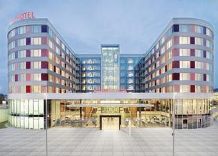 Movenpick Hotel Stuttgart Airport & Messe