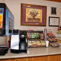 Geary Parkway Motel Breakfast Area