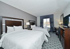 Hampton Inn & Suites Greensboro/Coliseum Area, NC - Greensboro - Kamar Tidur