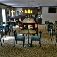 Baymont Inn & Suites Dallas/ Love Field Relaxing Lounge Area