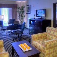 Baymont Inn & Suites Dallas/ Love Field Office Suite