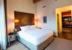Residence Inn by Marriott Boston Downtown Seaport - Boston - Kamar Tidur