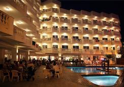 Hotel Bernat II - Calella - Kolam